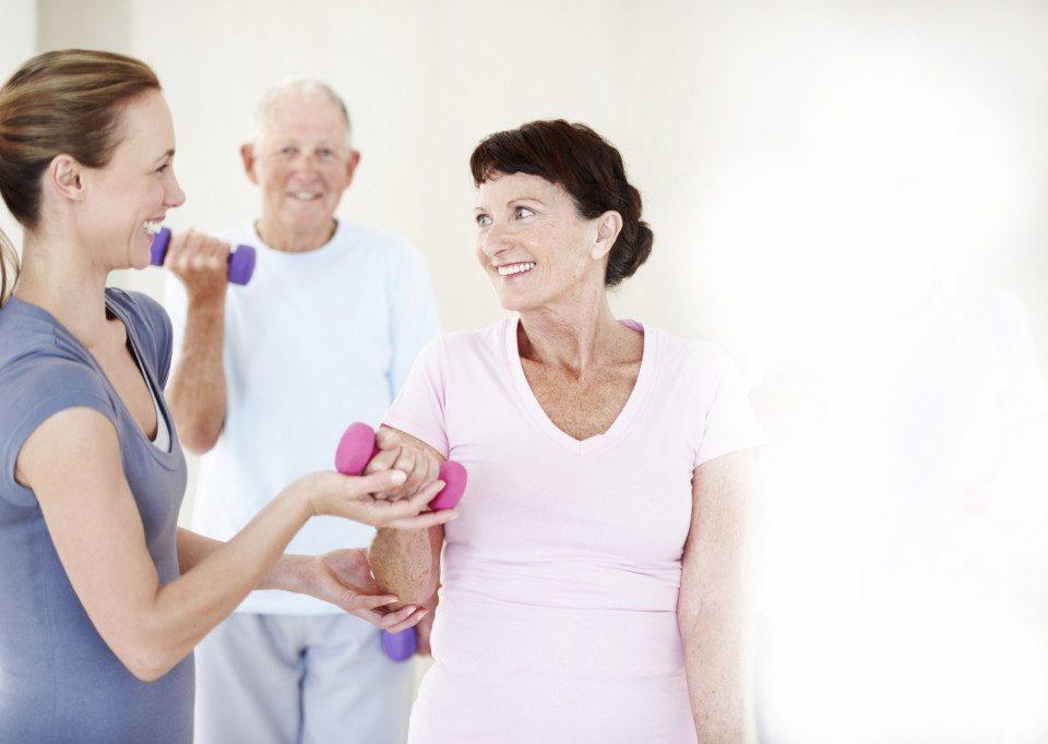 Benefícios da interação entre cuidadores e fisioterapêutas