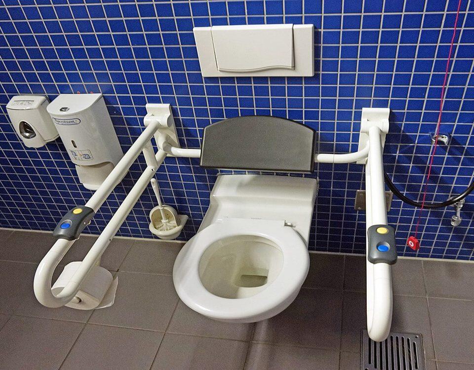 Banheiro-adaptado para idosos