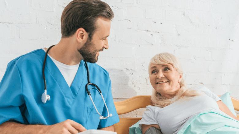 rotina do cuidador de idosos